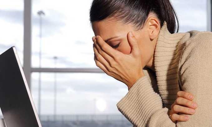 Следует пройти обследование у эндокринолога, если наблюдаются тревожные симптомы, например, возникает плохое самочувствие неясной этимологии, развивается апатия