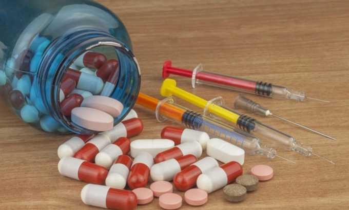 Свечи Гидрокортизон с осторожностью назначают при одновременном приеме с антикоагулянтами, противовоспалительными средствами