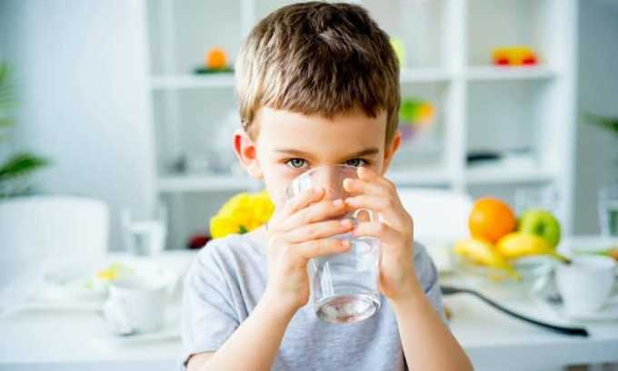 Запрещен к применению детям до 2 лет, до 12 лет - при зуде в области прямой кишки