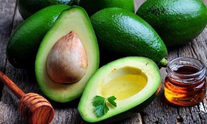 Авокадо содержит достаточное количество витамина е
