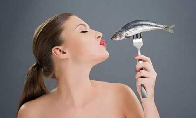 Важными при воспалении щитовидной железы являются полиненасыщенные жирные кислоты, содержащиеся в рыбе
