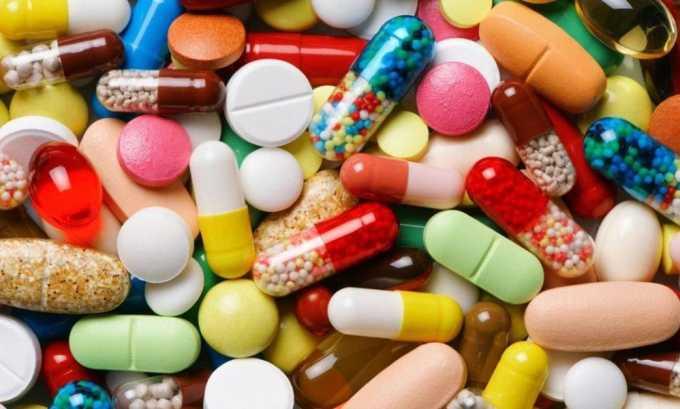 Причины относительного дефицита йода - прием медикаментов, приводящих к выведению йода из организма