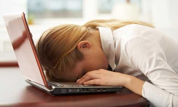 При дефиците витамина B1 возникает быстрая утомляемость и сонливость