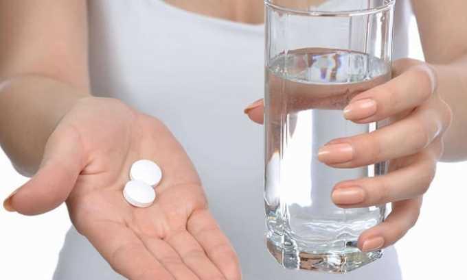 Иногда нехватка гормонов развивается в результате токсического влияния медикаментов и тиреоидных препаратов