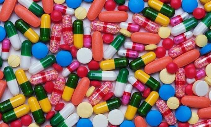 Повышение эффекта действия препарата вызывает одновременное назначение с антидепрессантами