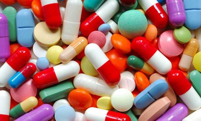 Длительное применение лекарственных средств гормональной группы иногда вызывают развитие гиперплазии щитовидной железы