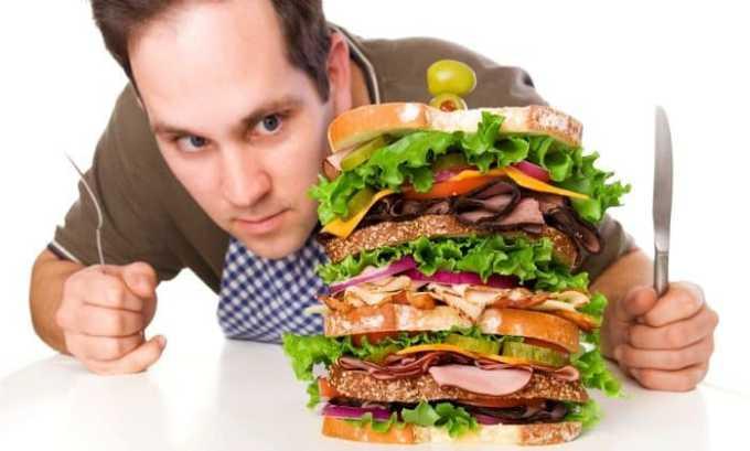 Постоянное чувство голода у человека может являться признаком болезни щитовидной железы