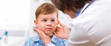 При каких заболеваниях происходит увеличение щитовидной железы у ребенка?