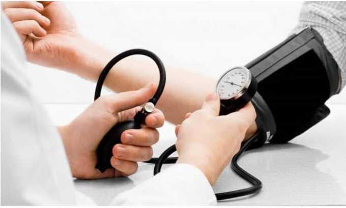 В клинической практике препарат применяется для снижения высокого артериального давления (АД)