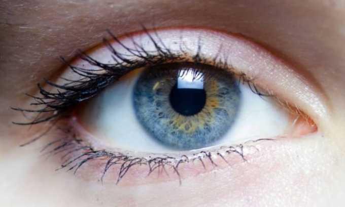 Побочные эффекты со стороны органов зрения выражаются в виде кратковременной слепоты