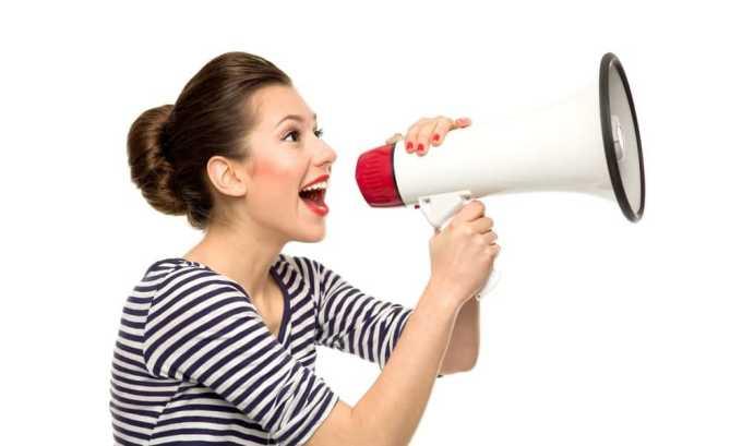 Осиплый голос является симптомом фолликулярной опухоли щитовидной железы