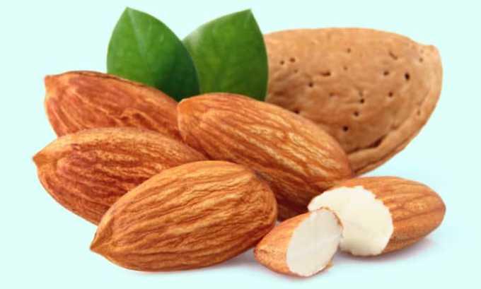 В миндале содержится витамин е