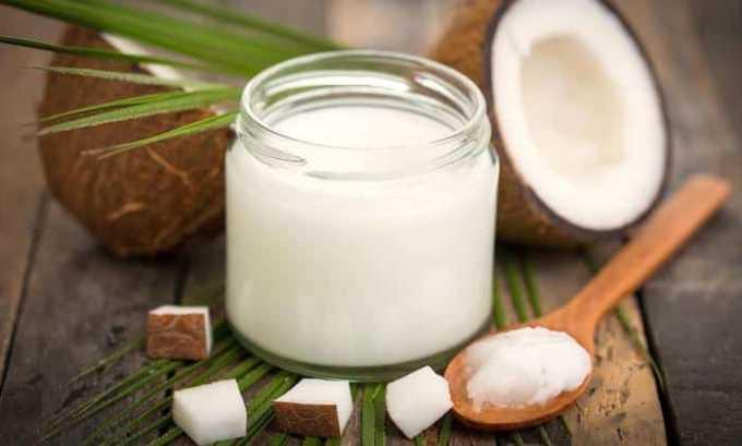 Витамин Е содержится в кокосовом масле