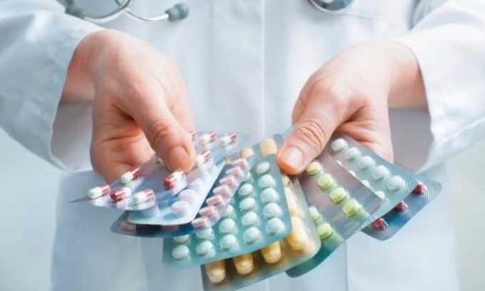 При удалении щитовидки назначаются седативные и обезболивающие средства
