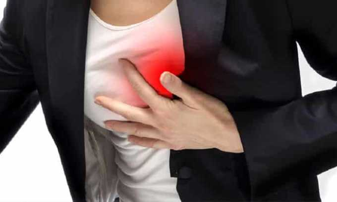 При превышении допустимой дозы препарата возникают боли в сердце
