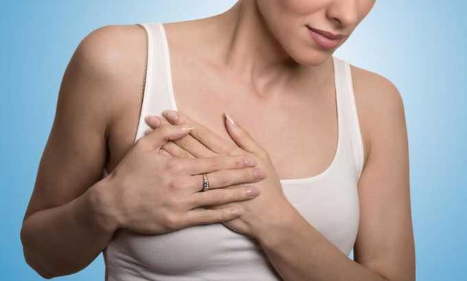 Новообразования в груди относят к причинам появления рака щитовидной железы