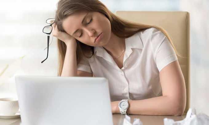 От препарата возможно появление побочного эффекта как сонливость