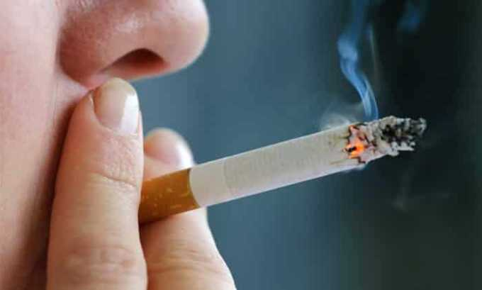 В табачном дыме содержится большое количество канцерогенных соединений, которые могут привести к злокачественной опухоли