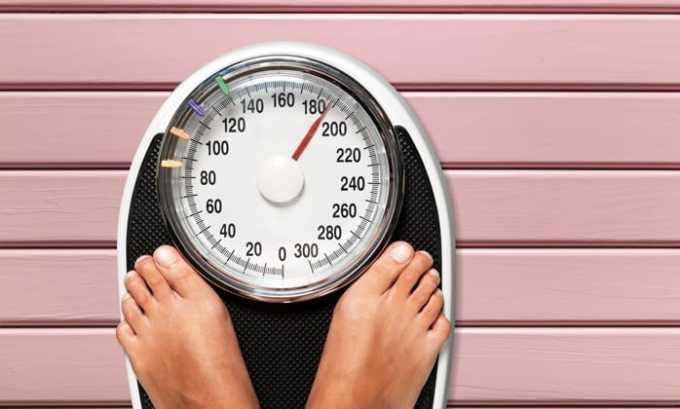 От приема препарата может развиться побочный эффект в виде набора веса