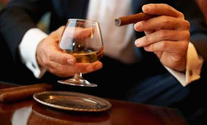 Алкоголь категорически противопоказан при гипотиреозе