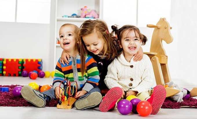 Назначение Диоксидина и Гидрокортизона противопоказано детям младше 6 лет