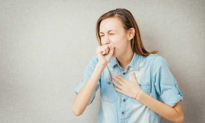 При зобе щитовидной железы больной часто кашляет без видимых причин