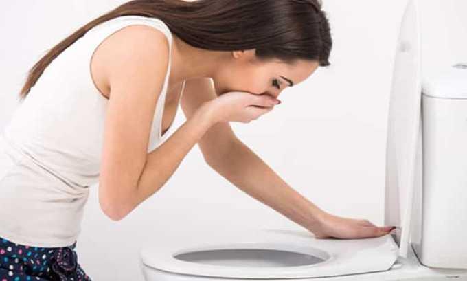 Если пациент случайно проглотил гель, врачи делают промывание желудка, вызывают рвоту, дают пациенту любой сорбент