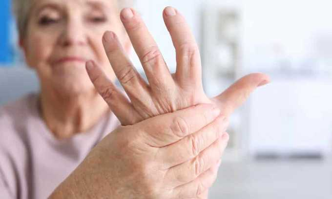 Тиреотоксический зоб вызывает тремор конечностей