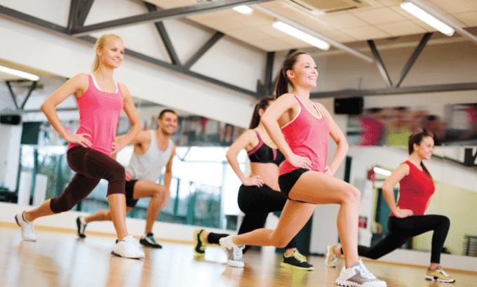 Лекарство прописывается при интенсивных и регулярных спортивных тренировках для повышения силовых и скоростных показателей