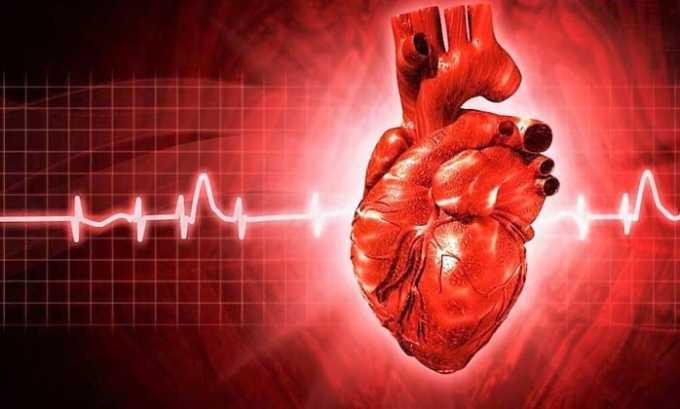 Замедляется сердцебиение при тахикардии, при приеме настойки пустырника