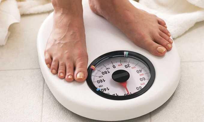 Увеличение веса, повышение уровня холестерина, атеросклероз являются симптомами вторичного гипотиреоза
