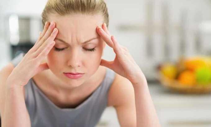 Сильные головные боли один из симптомов после удаления щитовидной железы