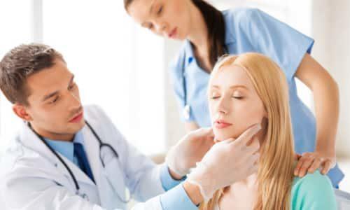 Лечение льняным маслом следует проводить наряду с приемом медицинских препаратов и под строгим наблюдением лечащего врача