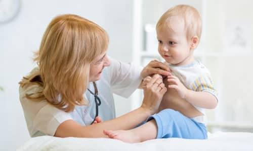 Именно на основании симптоматики врач делает предположение о возможном развитии заболевания и направляет ребенка на более детальную диагностику