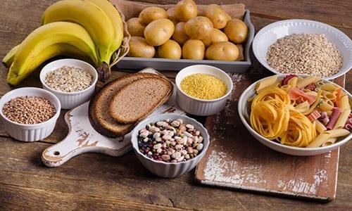 Углеводы являются поставщиком глюкозы, без которой невозможен процесс вырабатывания нужных гормонов