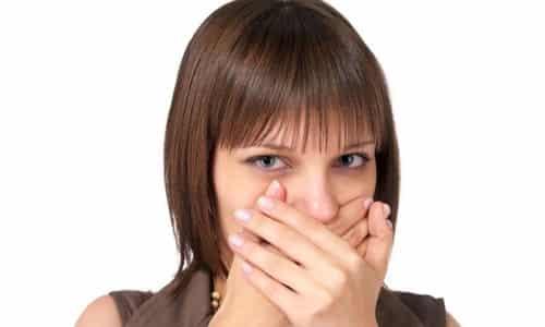 Тошнота – это один из признаков нарушения функций щитовидной железы