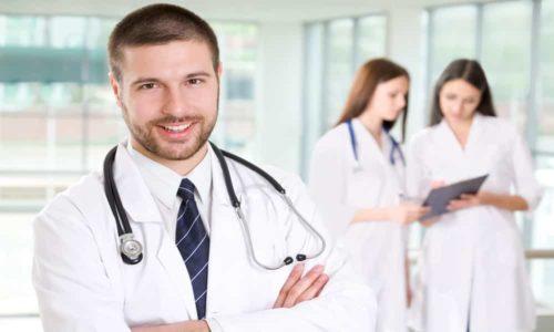Следует проходить обследование у эндокринолога в качестве профилактики 1 раз в год, чтобы вовремя выявить узелковое образование на щитовидной железе