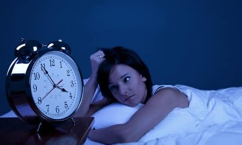 Плохой сон и бессонница - характерные признаки заболевания щитовидки