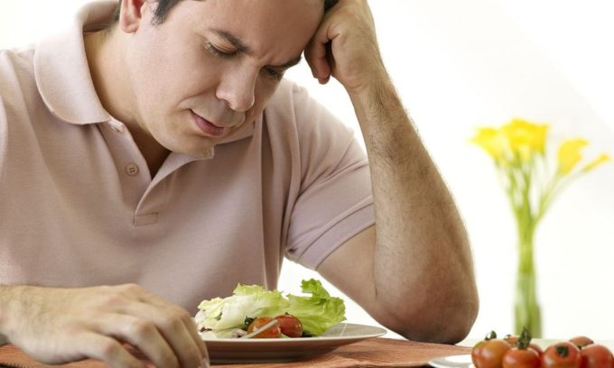 Основным признаком гипотиреоза у мужчин является плохой аппетит