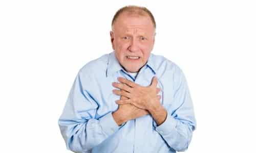 Паралич голосовых складок в большинстве случаев свидетельствует о наличии опухолевых новообразований, инфильтрующих возвратный нерв гортани