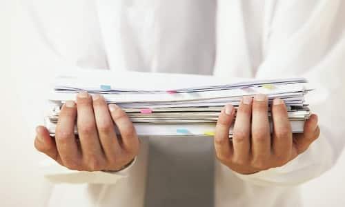 Чтобы получить льготы, нужно собрать пакет документов и обратиться в отделение социальной защиты по месту прописки