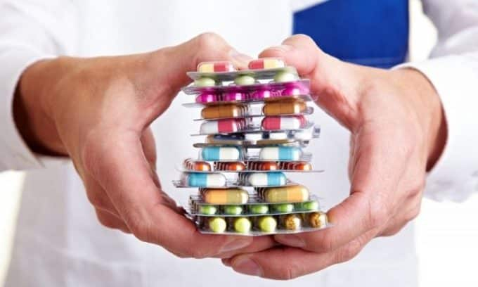На развитие недуга влияет прием некоторых лекарственных препаратов