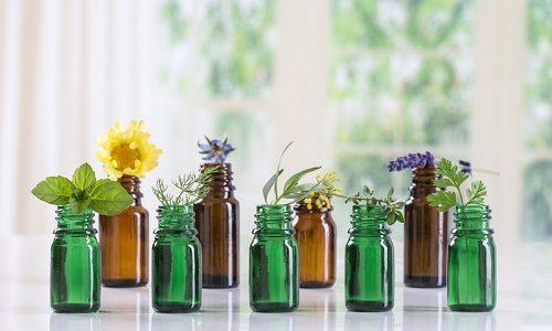 Аутоиммунный тиреоидит хорошо лечится маслами лекарственных трав, их можно приобрести в аптеке или приготовить самостоятельно