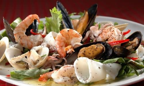 Для повышения уровня йода в организме полезны морепродукты