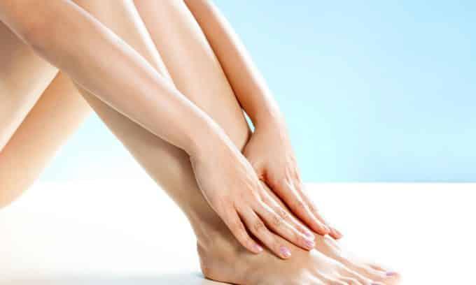 Отечность ног может сигнализировать о наличии гипотиреоза