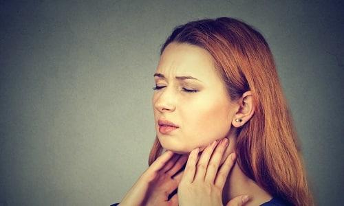 Подострый тиреоидит встречается редко (не более 2% от всех болезней щитовидки) и больше распространен у женщин, чем у мужчин