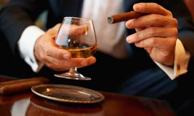 Наличие вредных привычек – угроза появления зоба