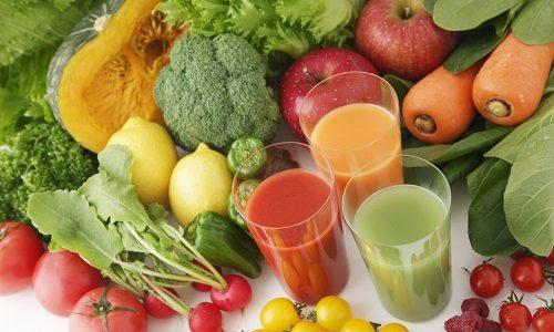 Рекомендуется еженедельно проводить разгрузочные дни на фруктах или соках