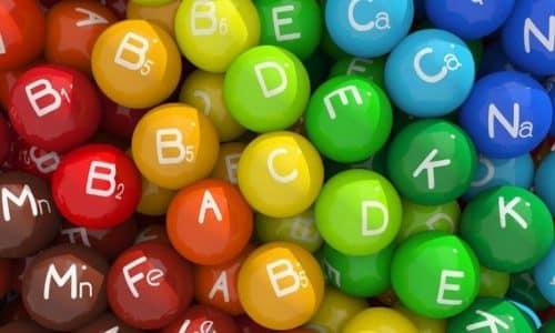Витаминные комплексы могут быть дополнением к заместительной терапии