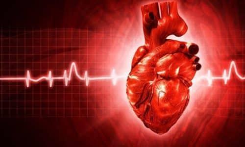 Клиническая картина тиреотоксикоза проявляется увеличением частоты сокращений сердца, мерцательной аритмией, одышкой